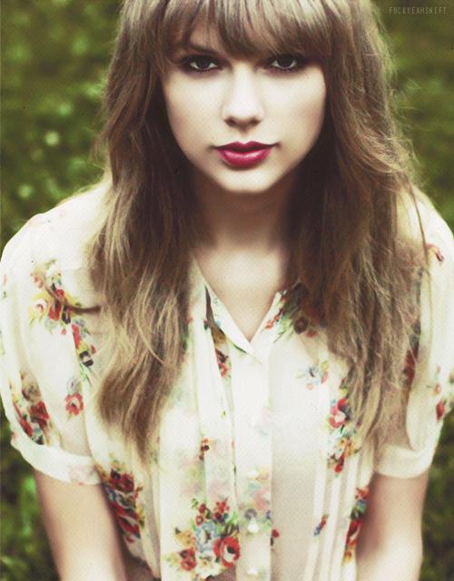 دانلود آهنگ I Knew You Were Trouble – ترجمه متن آهنگ I Knew You Were Trouble