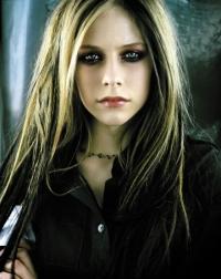 دانلود و ترجمه فارسی متن آهنگ Skater boy از Avril Lavigne