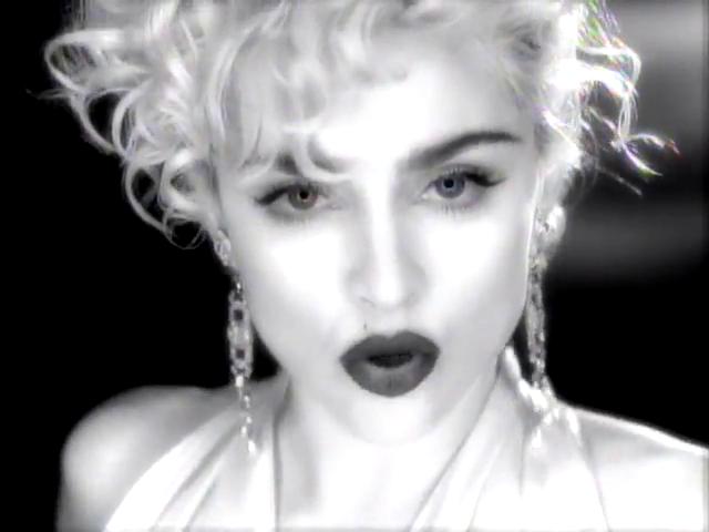 دانلود و ترجمه فارسی متن آهنگ Vogue از Madonna