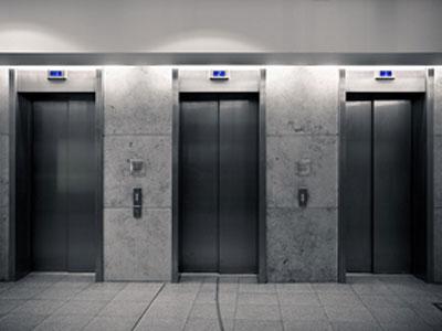داستان کوتاه انگلیسی Elevator با ترجمه فارسی