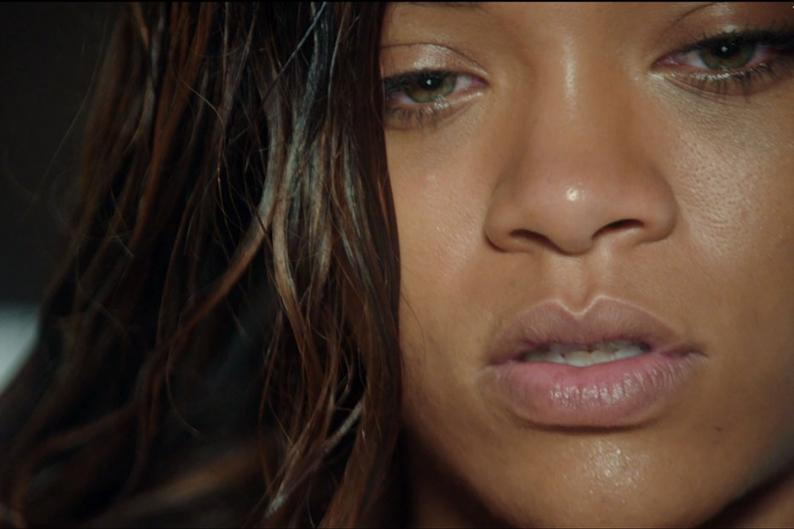 ترجمه متن و دانلود آهنگ Stay از Rihanna