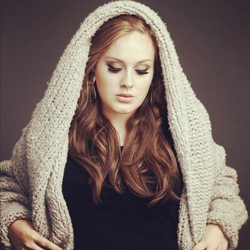 ترجمه متن و دانلود آهنگ Now And Then از Adele