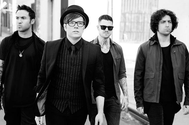 ترجمه متن و دانلود آهنگ Phoenix از Fall Out Boy