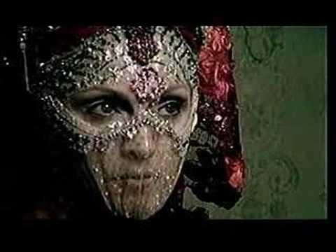 ترجمه متن و دانلود آهنگ Bittersweet از Madonna